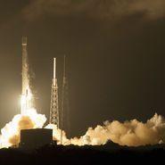 Falcon 9 launch (web photo)